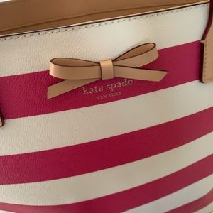 kate spade Bags - Kate Spade striped tote